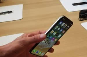 iPhone X hands-on