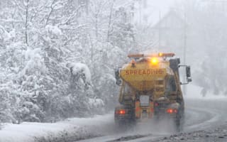 Councils give UK roads the cold shoulder and cut gritting budget