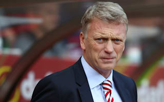 Moyes backs Strachan but eyes Scotland job