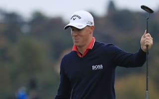 Noren pushes clear as Bland and Johnston stumble
