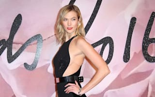 Supermodels and stars brave the cold for Fashion Awards
