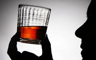 Expert calls for whisky bottle tax