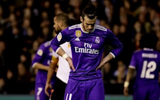 Valencia 2 Real Madrid 1: Zaza stunner hands title hope to Barcelona