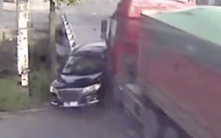 Occupants of car hit by lorry miraculously survive
