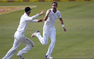 Broad gives England the upper hand