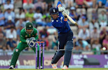 Roy and Root influential as England beat the rain and Pakistan