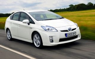 Toyota issues national hybrid MPG challenge