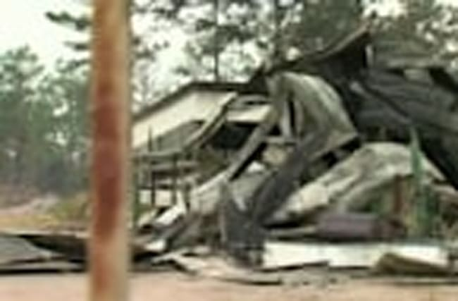 Florida residents return home to destroyed belongings from wildfire
