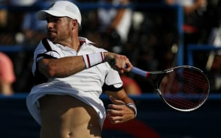 Isner, Monfils through as Tomic loses