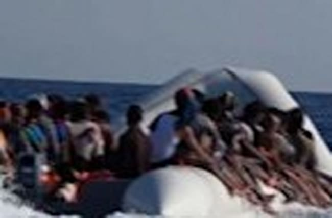 Raw: NGO Boat Rescues Hundreds of Migrants