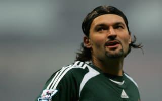 Former Newcastle goalkeeper Srnicek dies