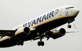 Couple has sex on Ryanair flight in front of shocked passengers
