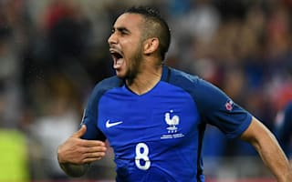 Payet can handle hero status - Deschamps