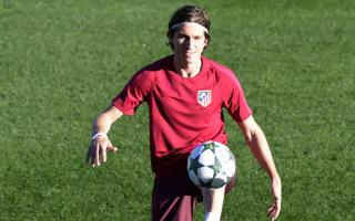 Filipe Luis suffers thigh tear