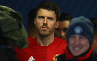 Carrick hints at retiring if he leaves United