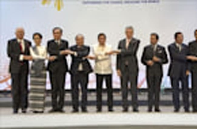 ASEAN Leaders' Summit kicks off in Manila