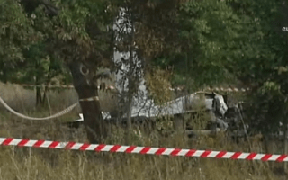 11 dead after plane carrying parachutists crashes in Poland