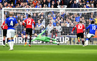 Fosu-Mensah thanks De Gea for penalty save