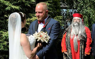 Bride surprises groom with £10,000 Harry Potter themed wedding