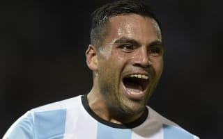 Sevilla bring in Argentina defender Mercado
