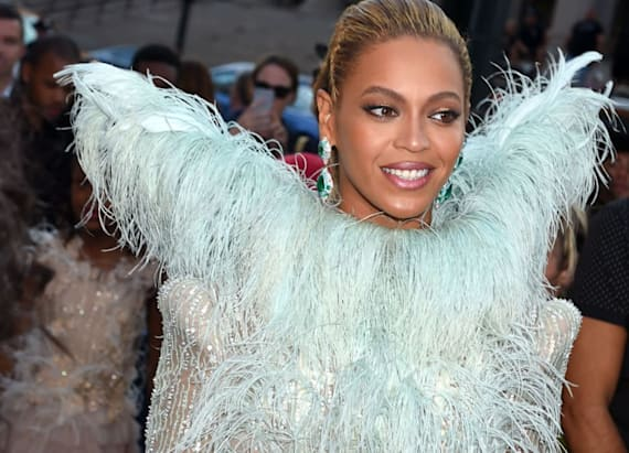 Beyonce steals the show at the MTV VMAs