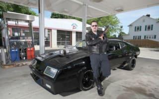 Video: Film fan creates Mad Max replica car
