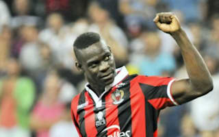 Balotelli signs new Nice contract