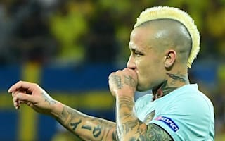 Nainggolan has a room with a balcony so he can smoke - Wilmots