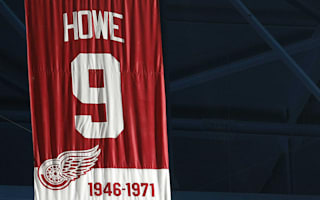 Gretzky wants NHL to retire Howe's number nine
