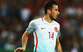 We were good friends&#x3B; that changed today - Ozyakup fumes at Van Persie behaviour