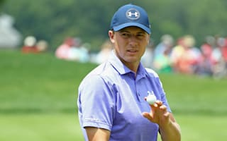 Spieth maintains Travelers lead as struggling Day misses cut