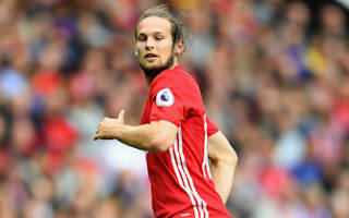 Blind challenges United to make more set-pieces count