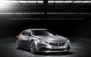 Peugeot Exalt Concept shows off seriously sexy saloon design