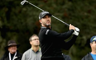 Piercy leads as rain disrupts Safeway Open