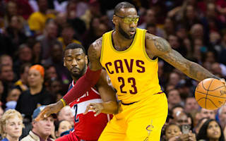 Cavs' struggles continue, Spurs extend streak