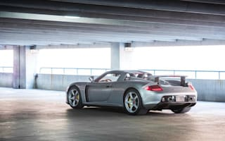 Amazing Porsche supercar heads to auction in Arizona