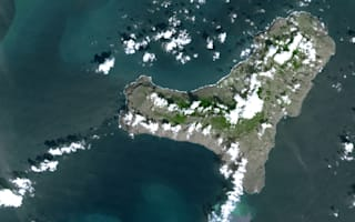 Canaries to get new island after volcano eruption?