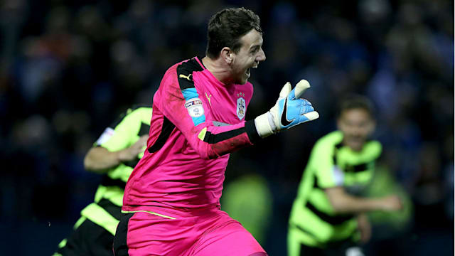 Huddersfield win shootout to reach playoff final