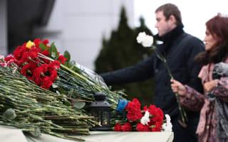 Plane crash pilot who killed 50 people 'had no training'