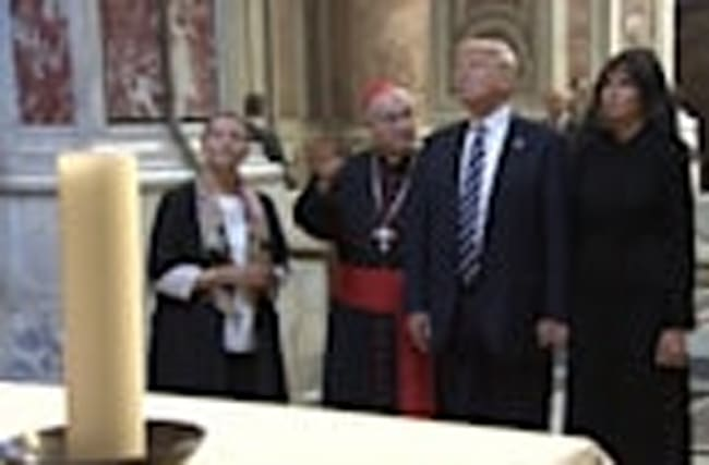 U.S. President and First Lady visit the Sistine Chapel