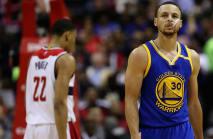 Durant hurt in Warriors' loss, Westbrook posts triple-double