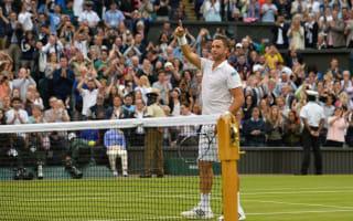 Willis wins plaudits in defeat, Djokovic sets Open Era record