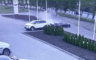 Test drive goes wrong as mechanic crashes Porsche 911
