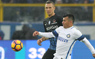 Struggling Inter hit with Medel ban