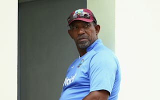 Sammy slams Simmons sacking