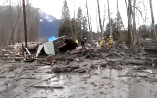 Three dead after massive mudslide in Washington