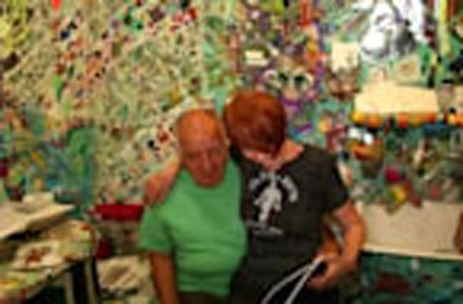 "Artist couple creates ""tchotchke heaven"" mosaic house"