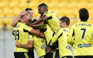 A-League review: Phoenix rise to the occasion to end Victory's streak