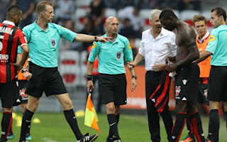 Balotelli scores dramatic late winner - and then gets sent off