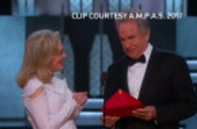 'Moonlight' wins grand prize after Oscars blunder